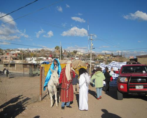 The Holy Family in the streets of Nogales