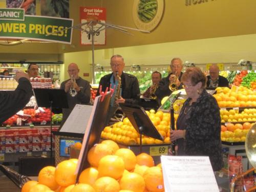 A flash mob band performance in the Safeway grocery store
