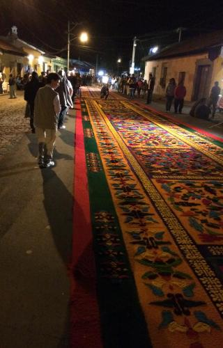 Watching the creation of the alfombras, the street tapestries of Antigua.
